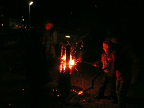 2012-04-08 Osterfeuer2